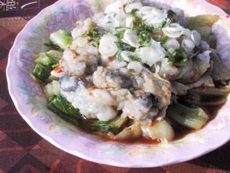 チンゲン菜とかきの豆板醤ソース